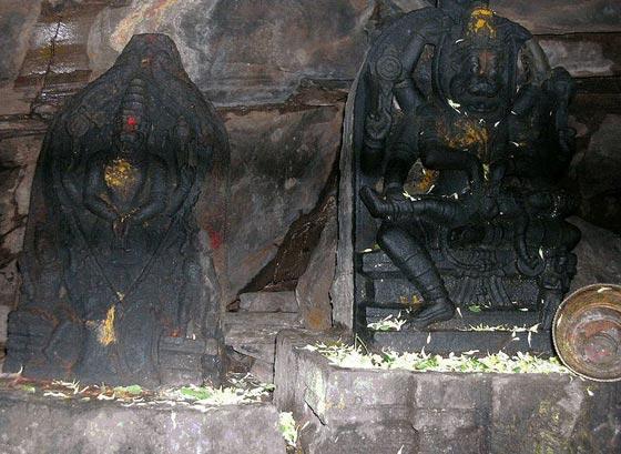 Lakshmi Narashimha swamy with Amritavalli Thayaar in Ahobila cave